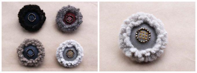 菅間岬さんの作品、手紡ぎ糸のブローチ
