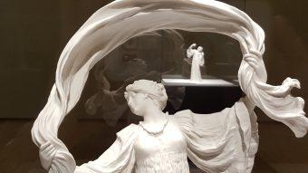 ヨーロッパを代表する磁器の一つ「セーヴル」に日本の影響を発見『セーヴル、創造の300年』