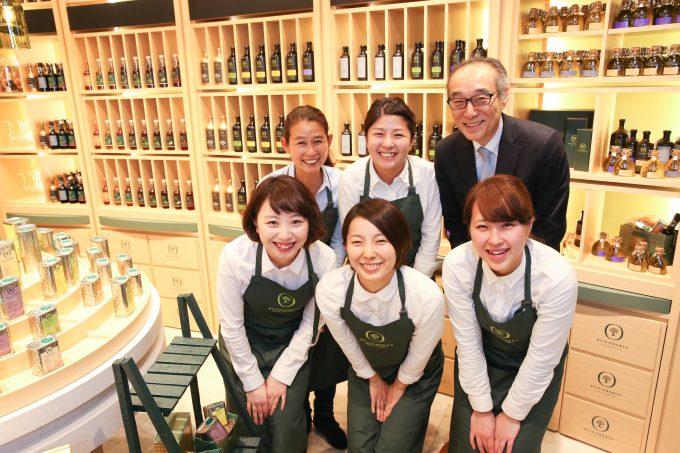 オリーブオイル専門店OLIVIERS&CO GINZAのスタッフさんたち