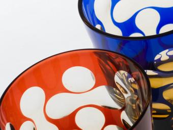 モダンなデザインに心惹かれる。「蒲田切子」のグラスで食卓に日本らしい華やかさを