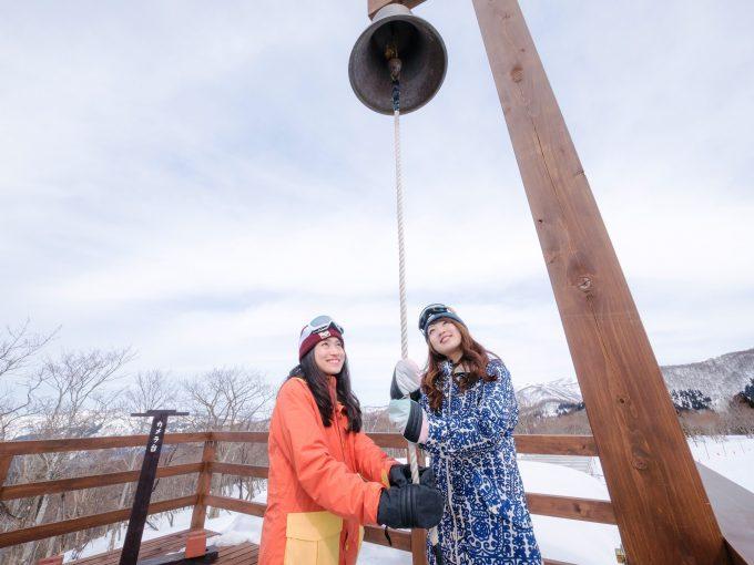 スキージャム勝山の注目スポット「絆の鐘」