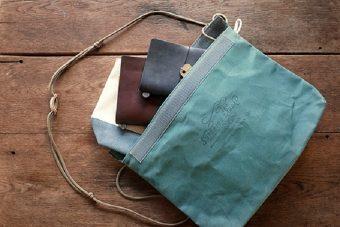 旅に連れて行きたい便利なアイテム。こだわりのハンドメイドバッグ&ポーチ