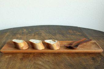 木のぬくもりを感じるテーブルウェアで、いつもの食卓に温かみをプラス