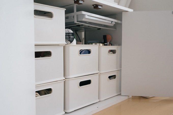 棚の中も白で統一されている様子
