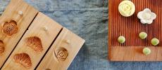 木型とそれでかたどった和三盆