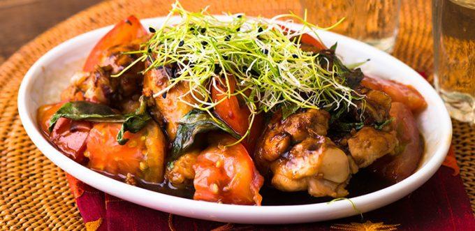台湾の家庭料理「鶏肉の香味炒め」のレシピ
