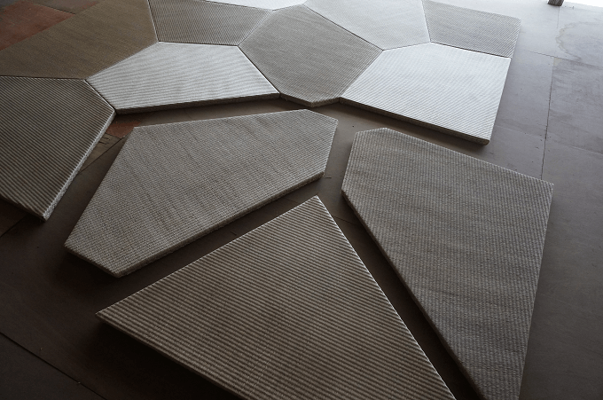 切り離された畳のパーツ