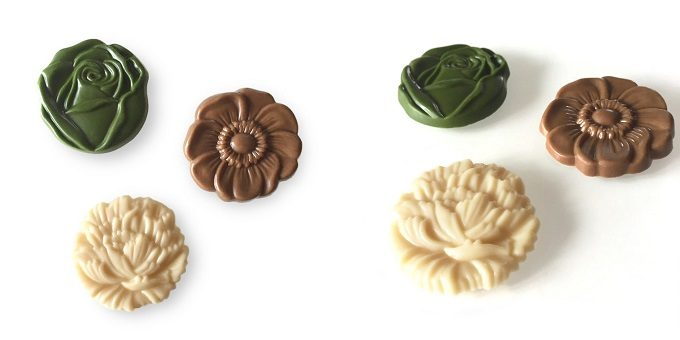 お花の形のflower medal ivory系 raw chocolateはお味も様々