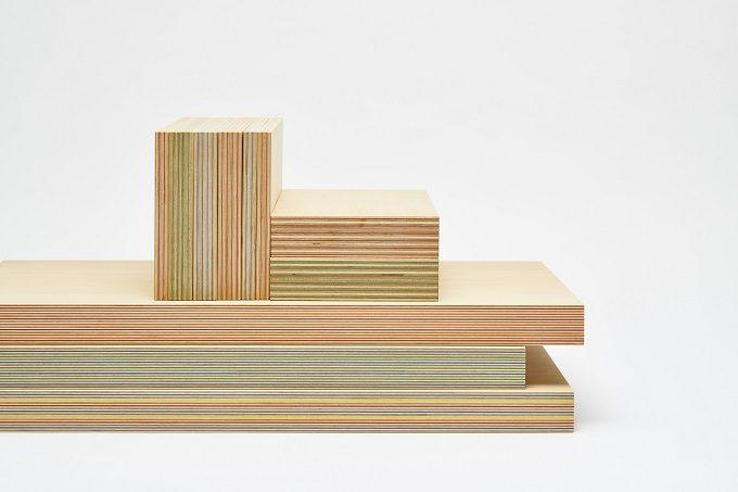 カラフルな断面の木材