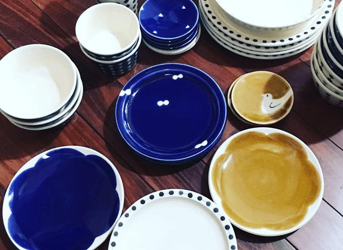 沖縄の凸凸製作所のカップやお皿などの食器