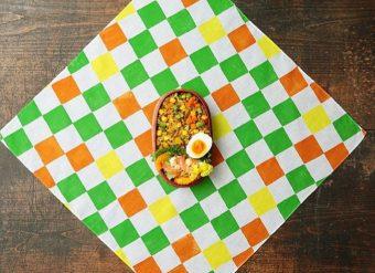 毎日のお弁当がより楽しみに。色柄から想像がふくらむ「bento® 」のお弁当包み