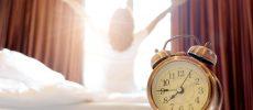 ストレッチをするのは朝?それとも夜?効果的なストレッチのタイミングとやり方
