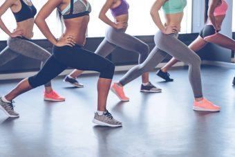 運動前と運動後の違いとは?効果的な簡単ストレッチ<7選>