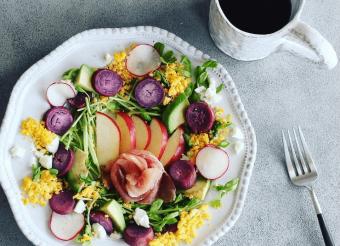 たくさんの野菜を使って栄養満点。彩り豊かで写真映えする「サラダジェニック」をつくるコツ