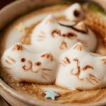 本物の猫がいない猫カフェ。「押上猫庫」でお腹と心が...