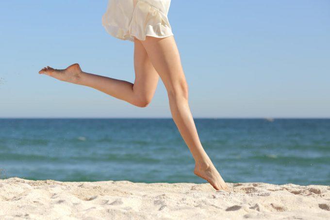 簡単な脚のストレッチで、脚の疲れや脚のむくみがなくなった女性の下半身