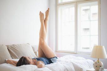 疲れ&むくみ知らずの美脚になりたい!「脚」のコンディションを整えるストレッチ〈3選〉
