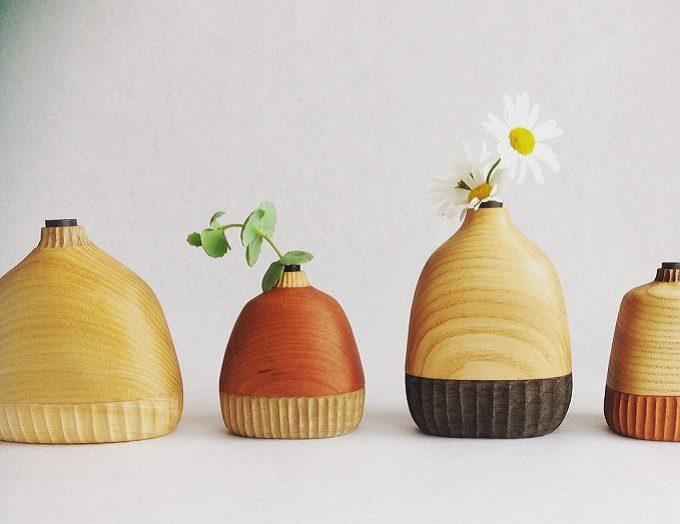 木の雑貨などを制作しているフジタマリの花器