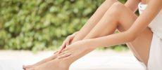 O脚、X脚、XO脚で悩んでる人必見! 立ち癖・歩き癖を予防する「下半身」のストレッチ〈3選〉