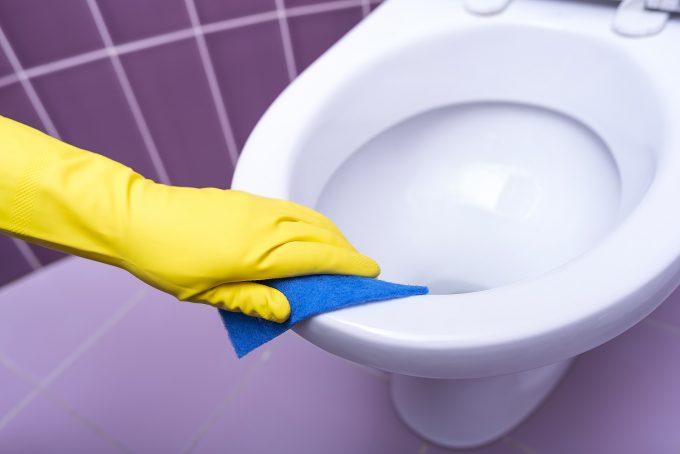 トイレ掃除におすすめのアイテムと手順・コツは?