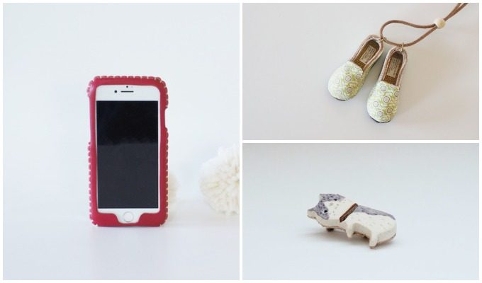 toupieのスマートフォンケースと靴のネックレス