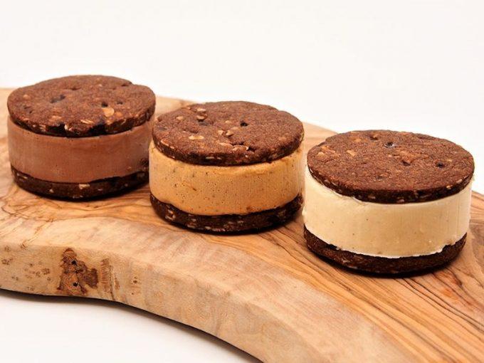 MAGIE DU CHOCOLAT<マジドゥショコラ>のチョコレート・クッキーサンドアイス
