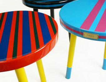 これひとつでおしゃれな部屋に。ビビッドな発色が美しい「ORIEL furniture」のサイドテーブル