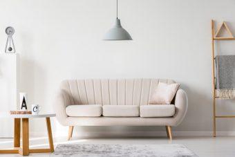 失敗しないソファの選び方。おしゃれで居心地のいいお部屋に導く、ソファの選び方・置き方