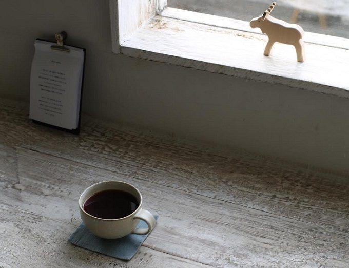 ひとりを愉しむカフェ「sens et sens(サンス・エ・サンス)」のお店の様子