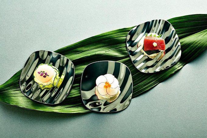 MINAMO<ミナモ>の鏡面のお皿2