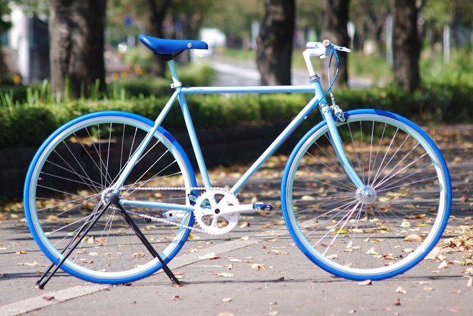 Cocci Pedale<コッチペダーレ>のブルーのカスタマイズ自転車