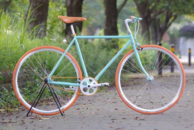 Cocci Pedale<コッチペダーレ>のエメラルドグリーンのカスタマイズ自転車