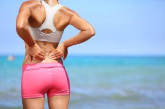 寝転がって1分で美しい姿勢を目指す。腰痛改善にも期待ができる「お尻のストレッチ」