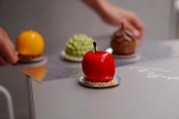 おすすめの洋菓子、大阪のフジフランスの果実型のスイーツ