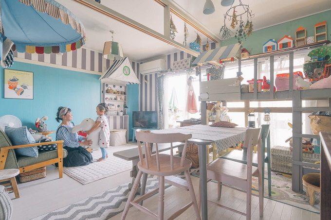 簡単DIYで団地をカスタマイズしたポップな海外風のお部屋