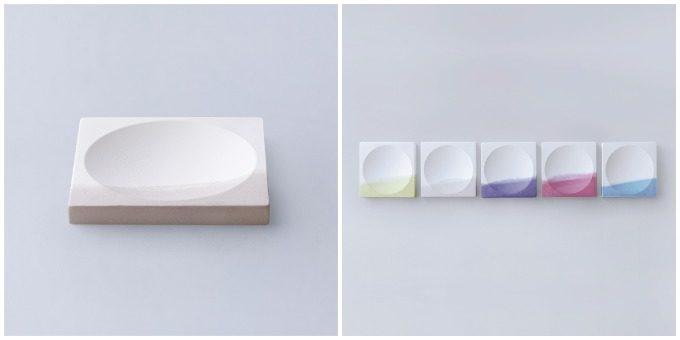 草木染めで色を施した「KUSAKI」の陶磁器、小物を美しく見せるトレー