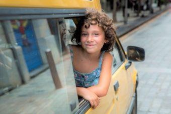 実話から生まれた少女映画の名作誕生。映画『悲しみに、こんにちは』
