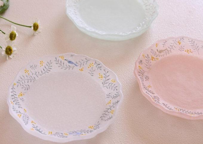 ガラス作家・今井茉里絵さんのパート・ド・ヴェール作品、ガラスのお皿2