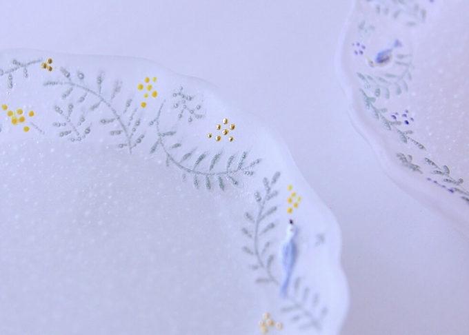 ガラス作家・今井茉里絵さんのパート・ド・ヴェール作品、ガラスのお皿1