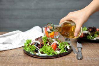 おいしく食べて夏バテ対策。痩せやすい体作りにも期待できる「お酢」の活用法