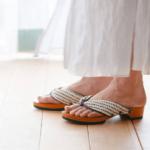 室内履きに新提案。開放的な履き心地がくせになる「REG...