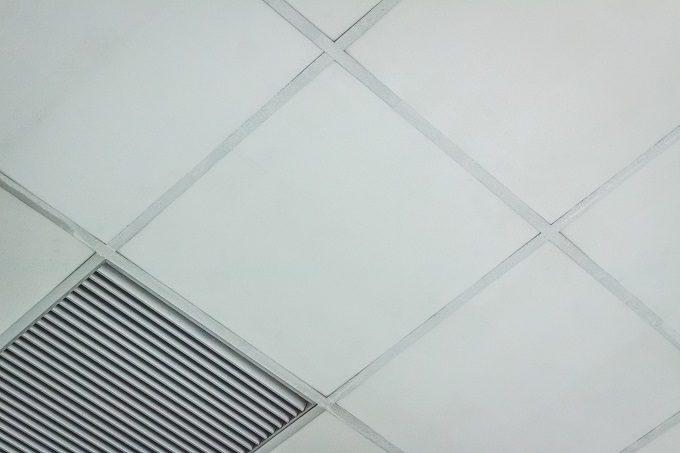 お風呂掃除の正しい順番1、天井