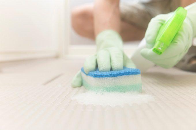 お風呂掃除の正しい順番4、床