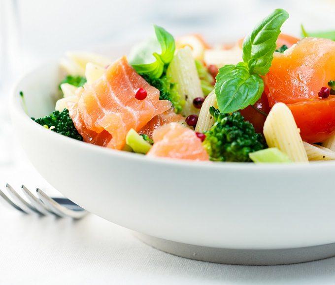 食べ過ぎた時におすすめの体重を戻すための2つのポイント
