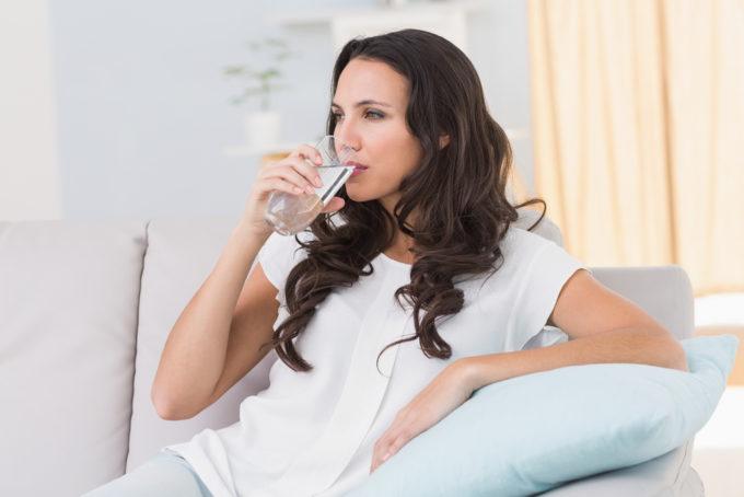 食べ過ぎた時におすすめの体重を戻すためのポイント、水分を摂る