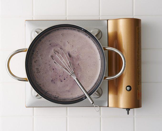ダイエット中にもおすすめ、生クリームや白砂糖不使用でヘルシーなブルーベリーの豆乳アイスの作り方2