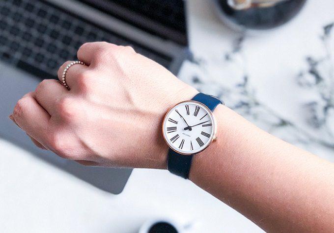「ARNE JACOBSEN(アルネ・ヤコブセン)」の腕時計