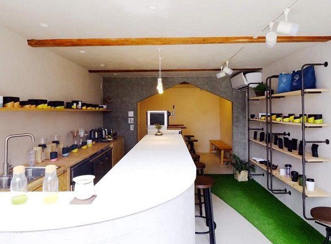 注目の日本茶専門店「CHABAKKA TEA PARKS(チャバッカティーパークス)」の店内写真