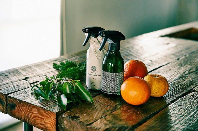 ギフトにもおすすめ、よい香りのおしゃれな洗剤「Komons(コモンズ)」、バスクリーナー