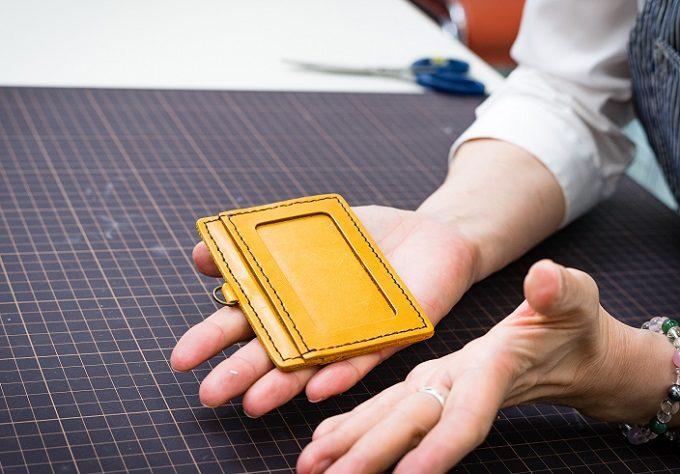 東急ハンズおすすめの手作り革小物キットの作り方6
